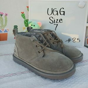 NEW! UGG Neumel Boots